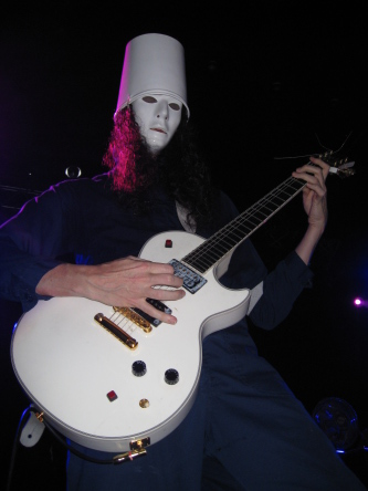 Buckethead performing at Jacksonville's Freebird Live, photo by Anders Lindquist