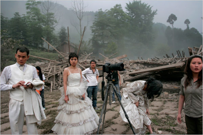 Wedding photo shoot during China's May 12, 2008, earthquake