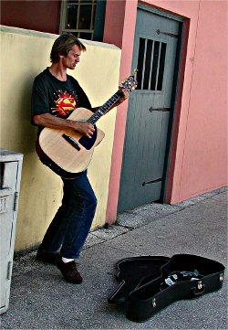Street musician performing on St. George Street in St. Augustine. Photo taken by Bill Frazzetto